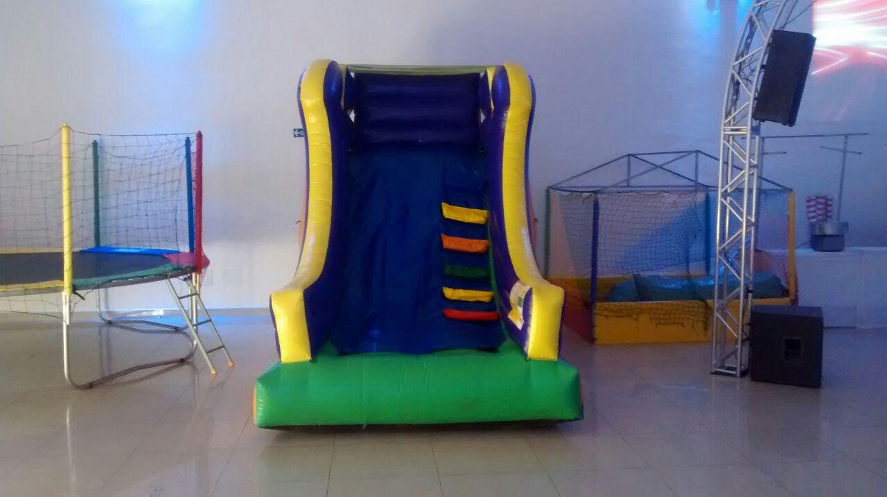 alugar cama elástica festa infantil em jandira